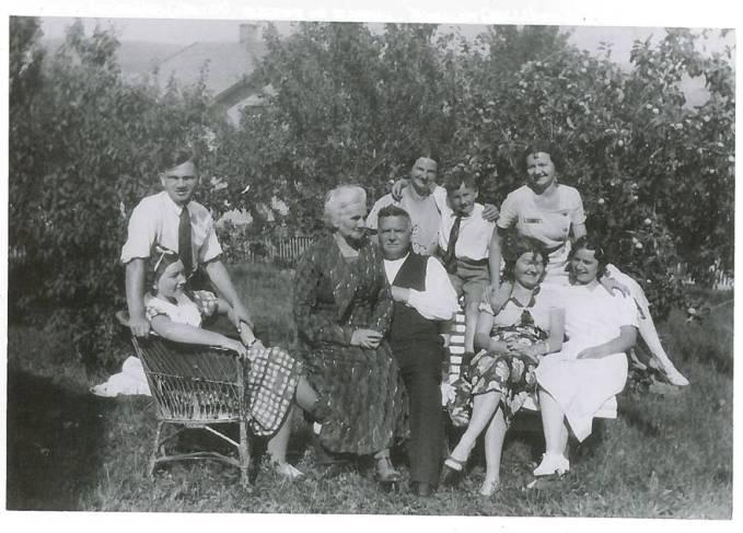 Ladehaugfamilien